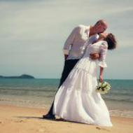 Marco and Giovanna, January 2015, Palm Cove Beach Jetty End, Cairns Civil Marriage Celebrant, Melanie Serafin